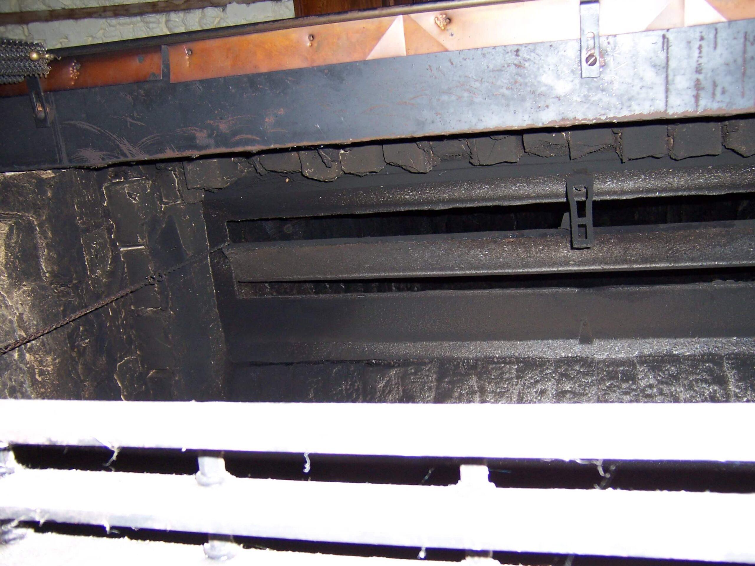 Open Long center pivot chain damper