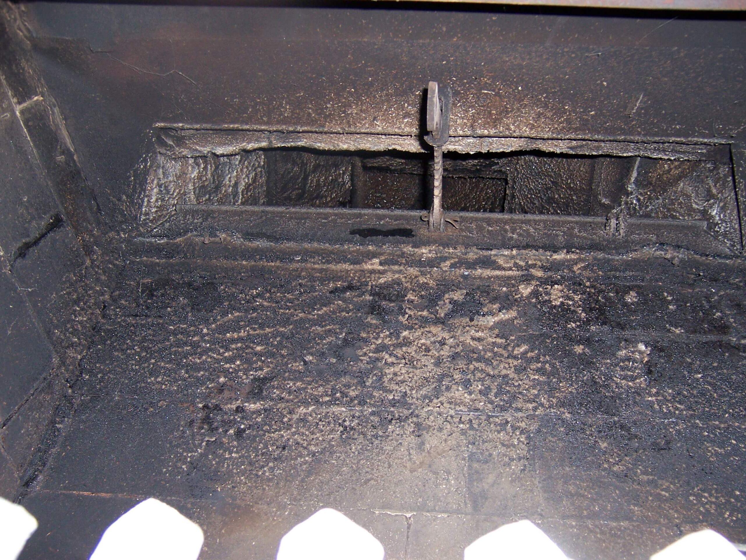 Open Vestal damper with cast iron center handle